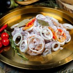 Шашлык из баранины в маринаде с ялтинским луком