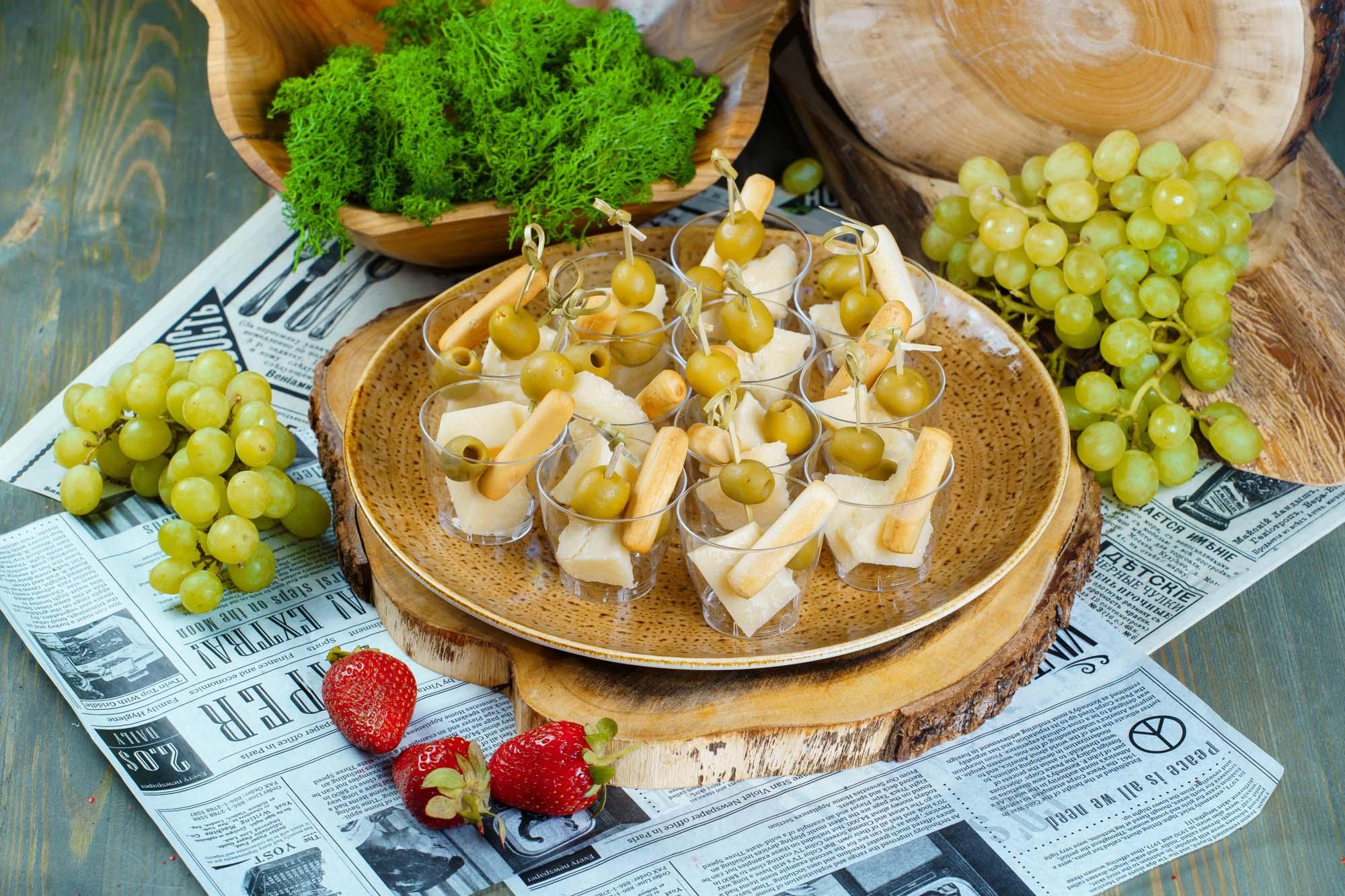 СЕТ №28 Пармезан с оливками 12 шт по 25 гр