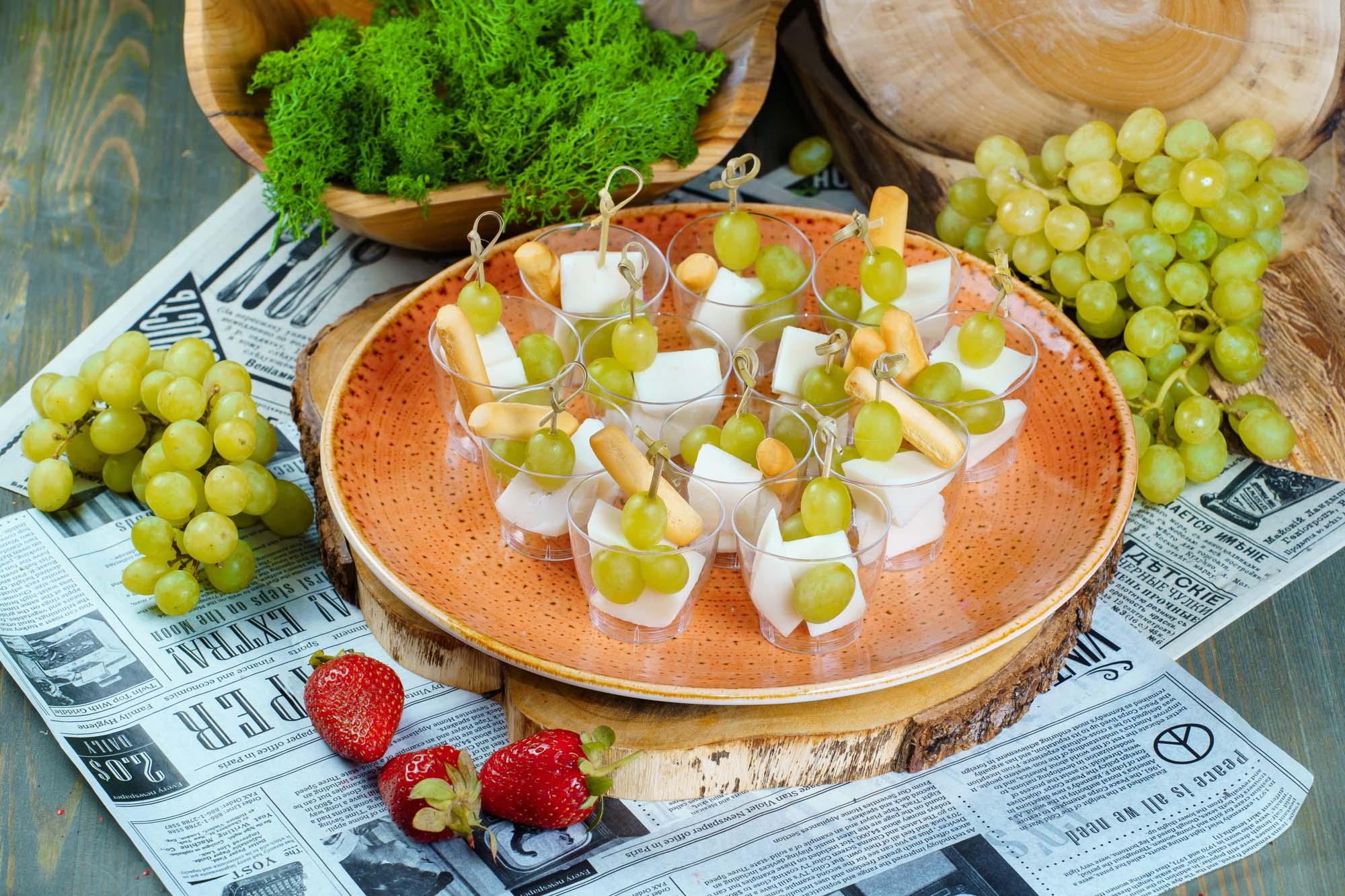 СЕТ №30 Козий сыр с виноградом 12 шт по 25 гр