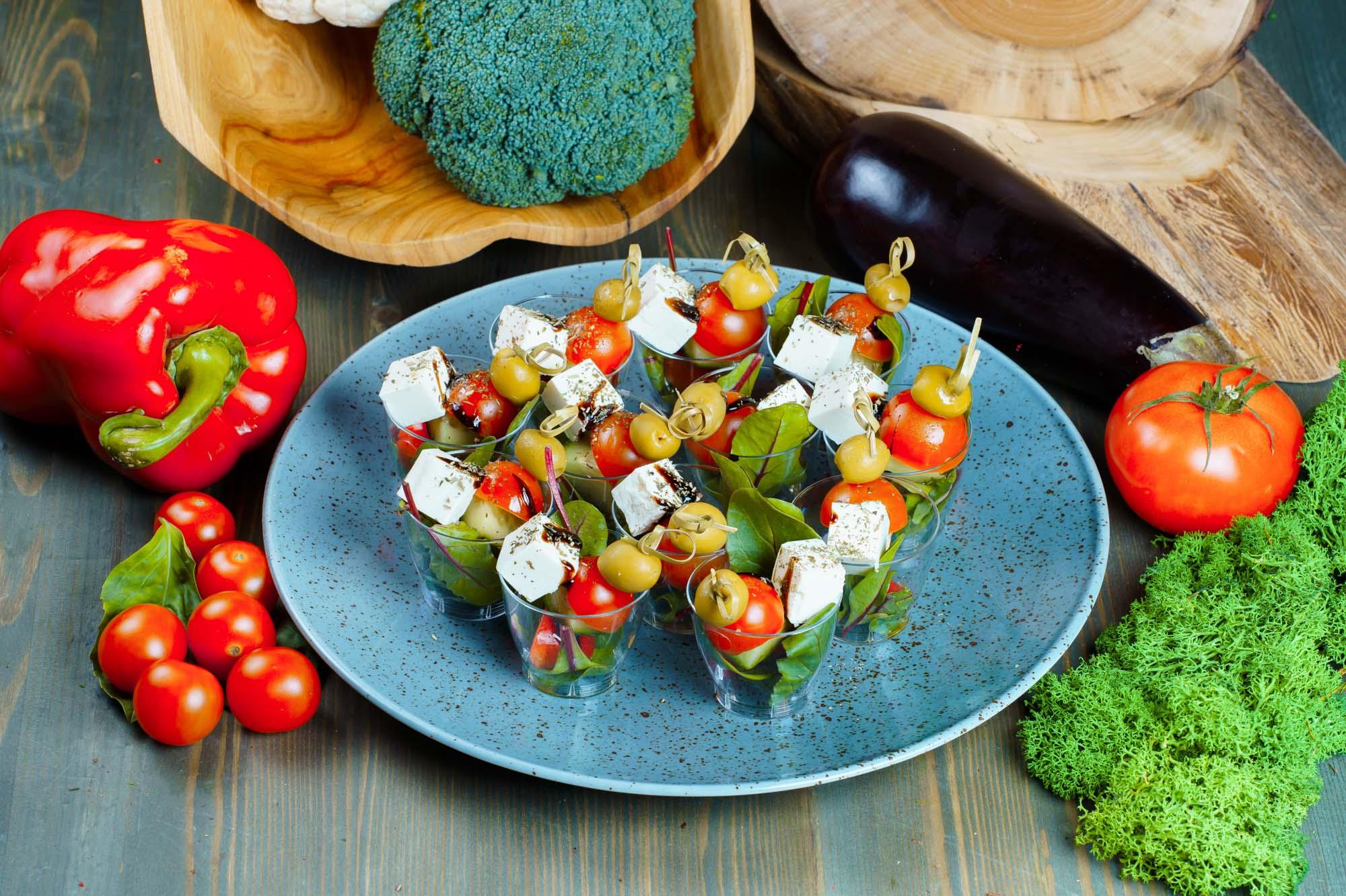 СЕТ №35 Греческий салат на шпажке 12 шт по 30 гр