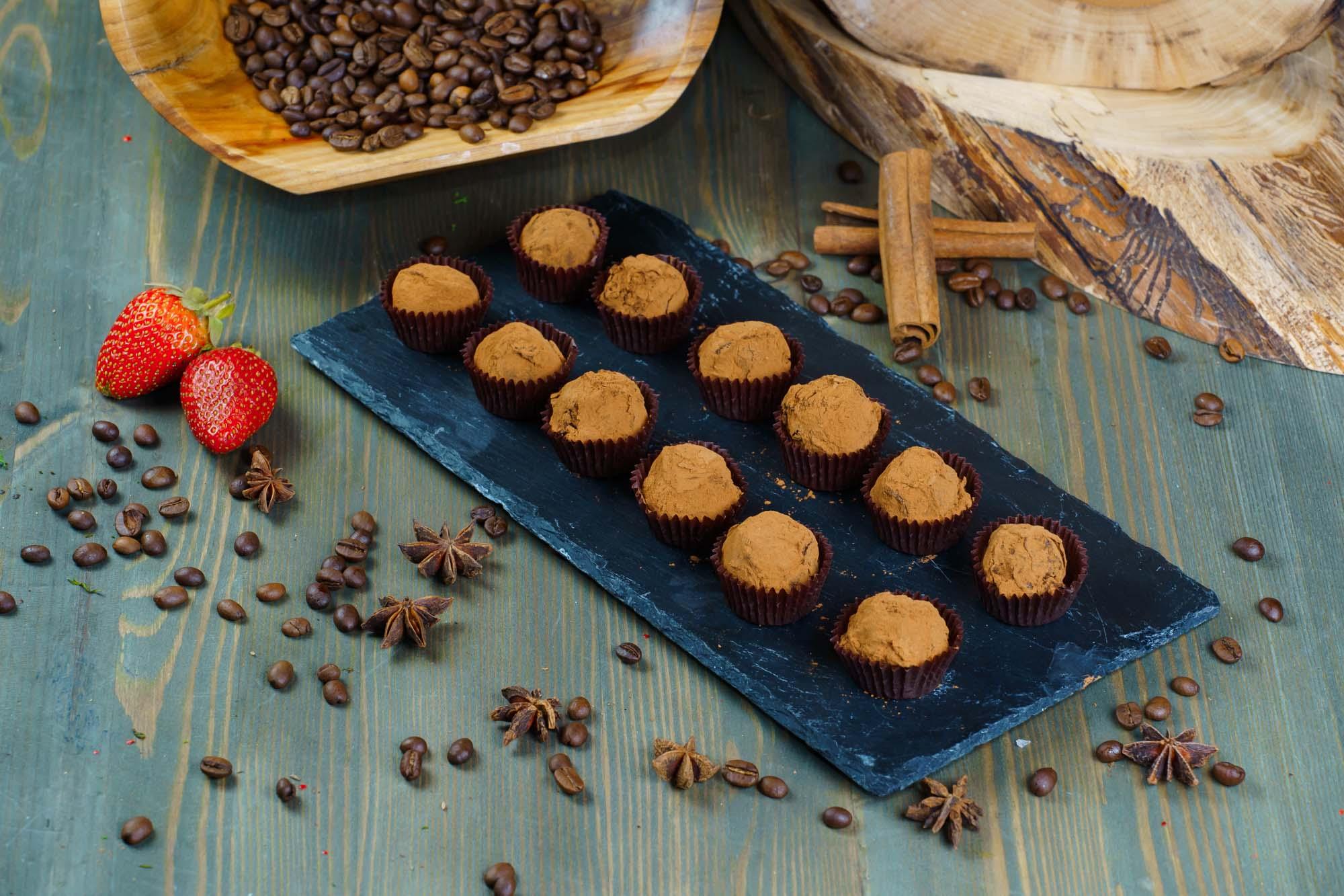 СЕТ №61 Трюфель из горького шоколада с ликером 24 шт по 15 гр